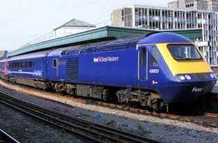 Class 43 HST Power Car - Pair